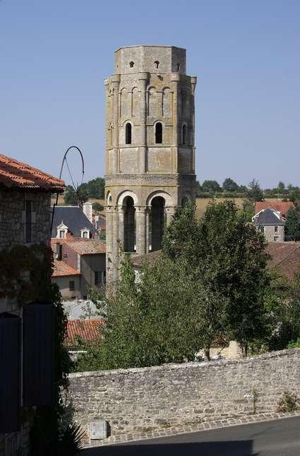 Abbaye Saint-Sauveur de Charroux