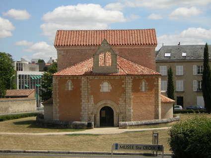 Baptistère Saint-Jean (Poitiers)