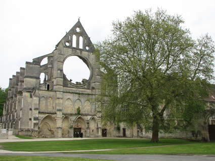 Abbaye Notre-Dame de Longpont