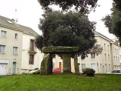 Dolmen des Trois Pierres (Saint-Nazaire)