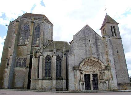 Prieuré de Saint-Thibault