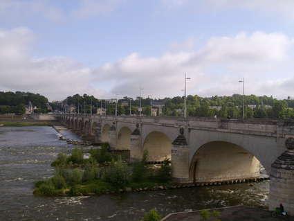 Pont Wilson (Tours)