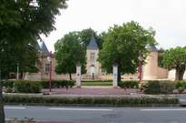 Château Lescombes -