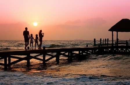 Escapada familiar con Cena en el Mar Menor y ¡niño gratis ! (desde 2 noches)