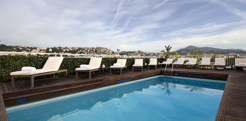 H tel gounod h tel de charme nice for Hotel piscine nice