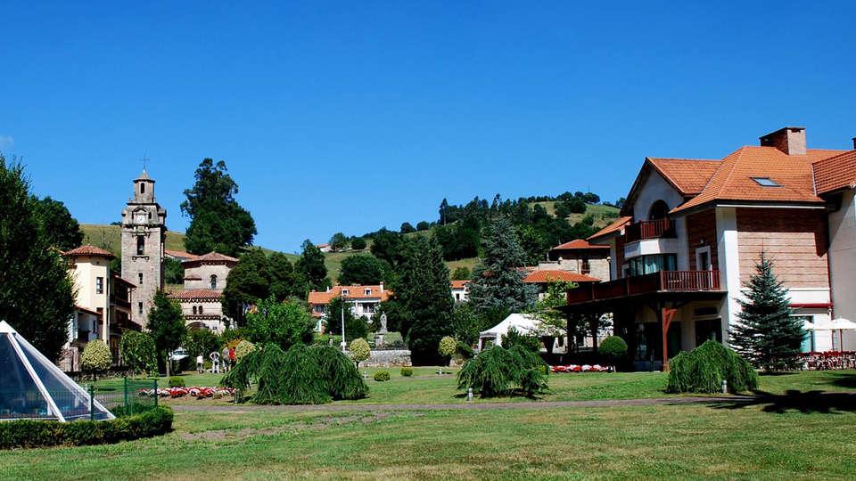 Gran Hotel Balneario de Puente Viesgo - EDIT_front.jpg