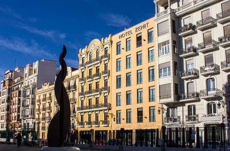 Escápate a Valencia a 5 minutos del Ayuntamiento (oferta early booking)
