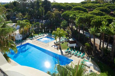 Escapada romántica con cena y con trato especial en el Algarve (desde 2 noches)