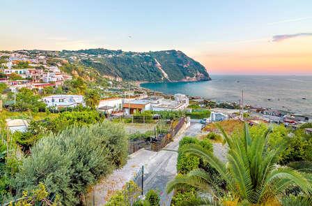 Relax, benessere e pensione completa nella bellissima Ischia (da 3 notti)