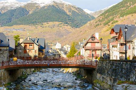 Descubre Vielha en un encantador hotel entre montañas