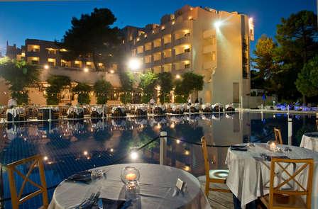 Mare e gusto nel Salento: soggiorno con magnifica cena in hotel a 5 stelle.