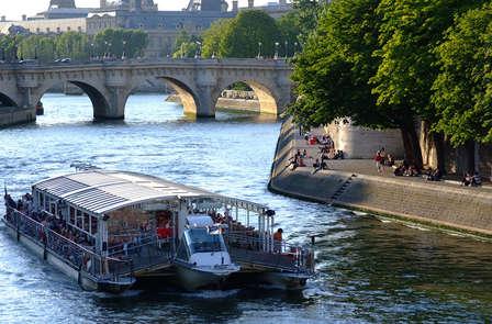 "Alla scoperta di Parigi con giro in ""Bateaux-Mouches"" o ""Bateaux Parisiens"""