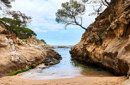Descubre el encanto de la Costa Brava en Platja d'Aro