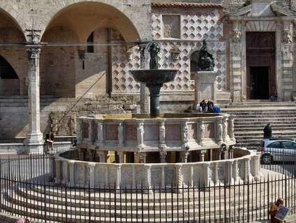 Fontana Maggiore (Pérouse)