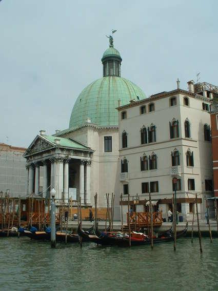 Église San Simeone Piccolo