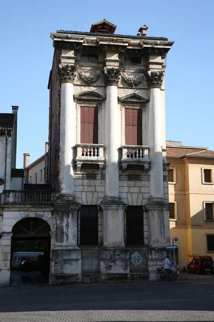 Palais Porto (piazza Castello)