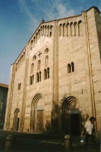 Basilique San Michele Maggiore