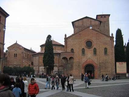 Basilique Santo Stefano (Bologne)