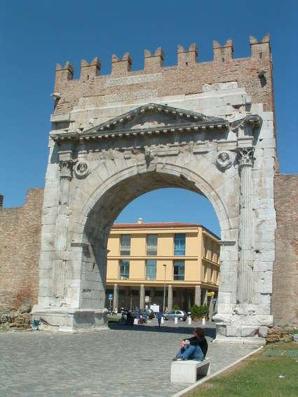 Arc d'Auguste (Rimini)