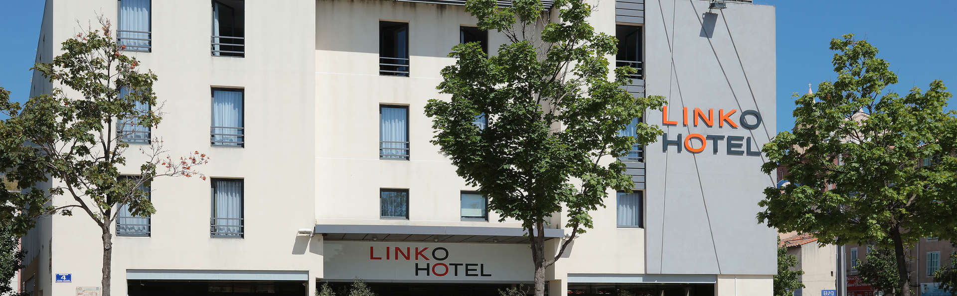 Qualys h tel linko ex soul ia h tel de charme aubagne for Reservation hotel paca