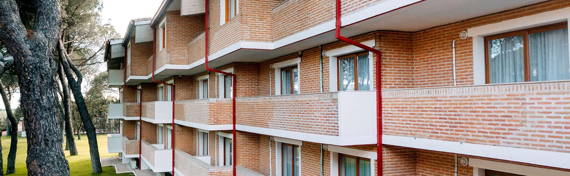 Hotel Resort El Montico - Edit_Front.jpg