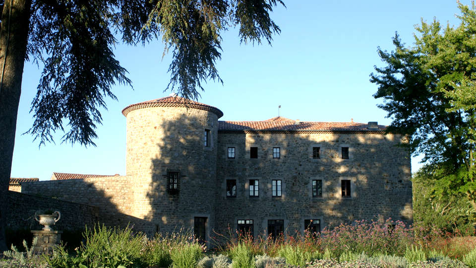Château du Besset - Edit_Front2.jpg