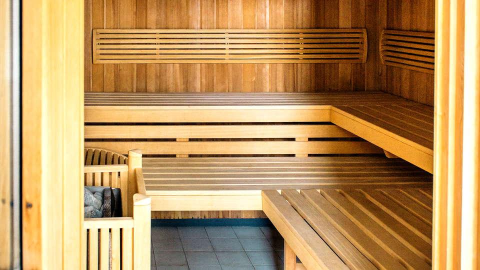 Résidence Le Royal - Edit_Sauna.jpg