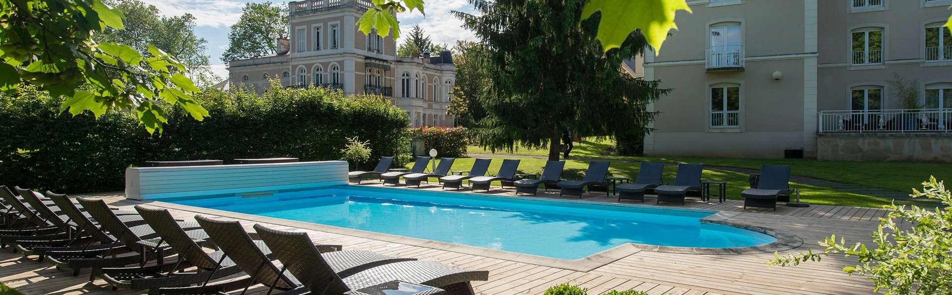 Château du Clos de la Ribaudière  - EDIT_pool.jpg