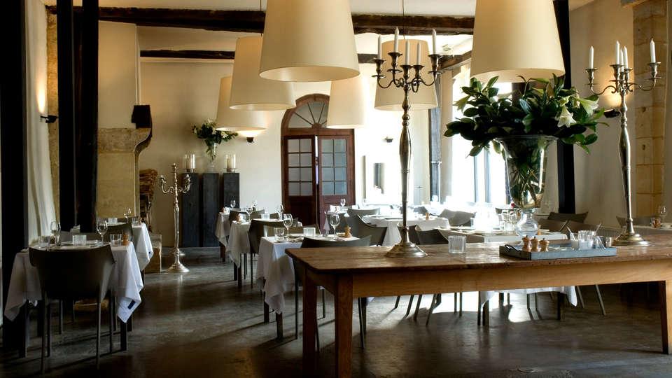 Château Les Merles - Edit_Restaurant3.jpg