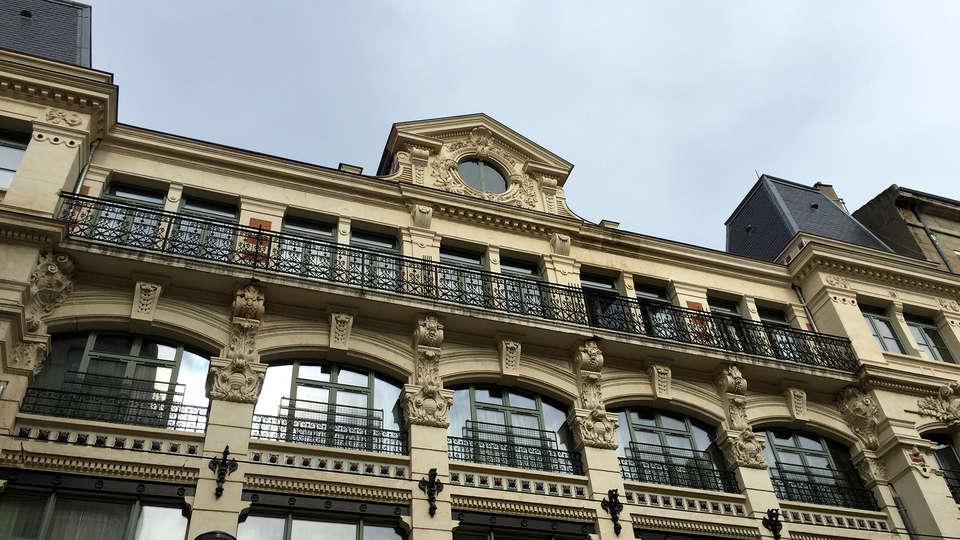 City Lofthotel Saint-Etienne - Edit_Front.jpg