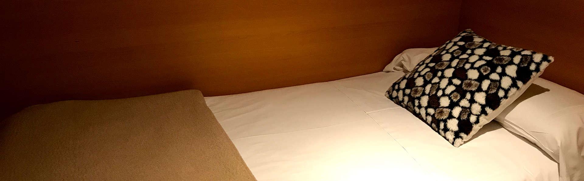 Hotel Pitiusa - Edit_Room.jpg