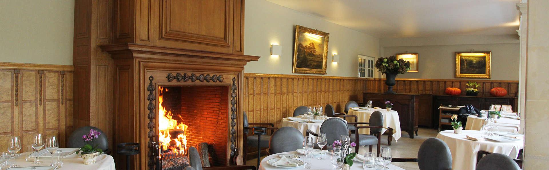 Hôtellerie du Bas-Bréau - EDIT_restaurant.jpg