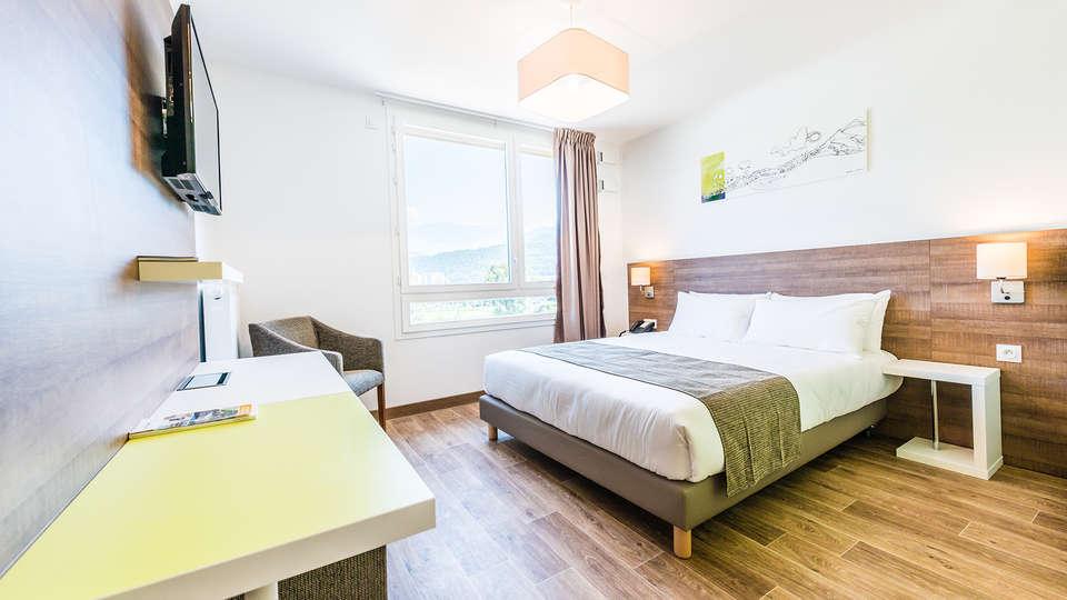 Comfort Suites Universités Grenoble Est - Edit_Room14.jpg
