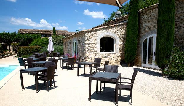 Escapade détente et provençale dans un mas près d'Avignon (à partir de 2 nuits)