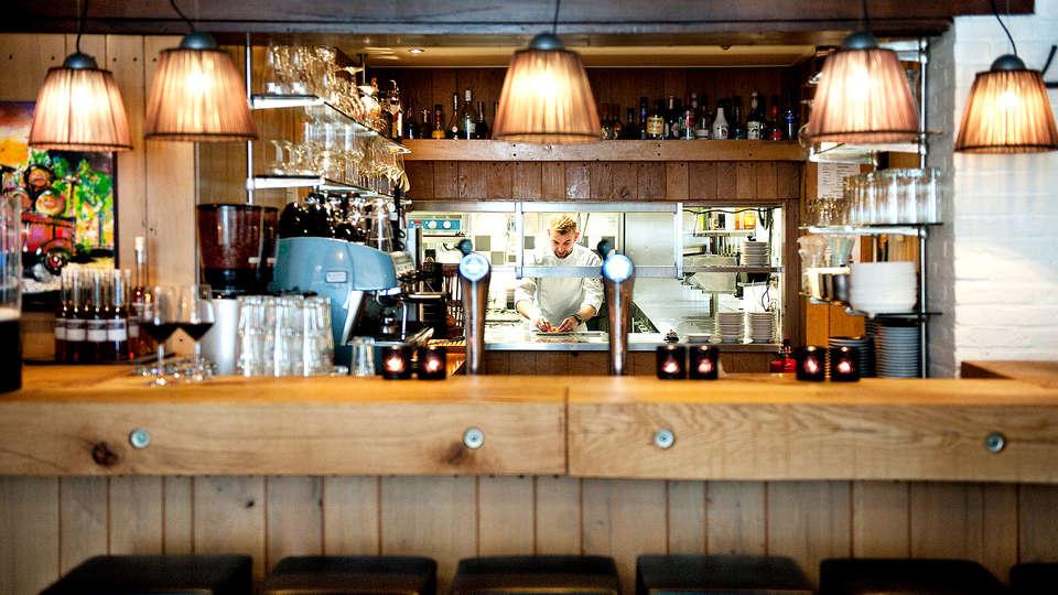 Hotel & Restaurant Wesseling - EDIT_NEW_BAR.jpg