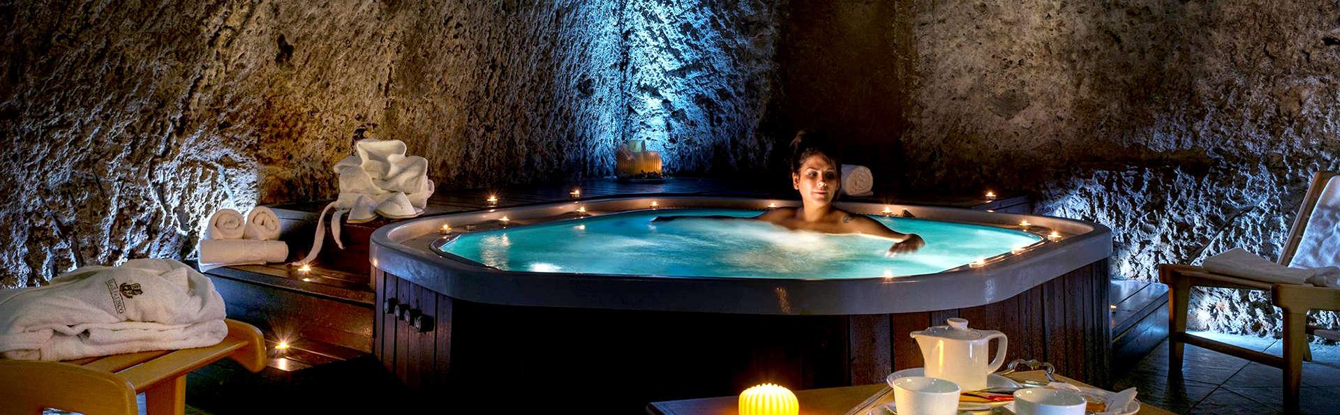 Romantisme dans un hôtel élégant du centre historique de Civita Castellana
