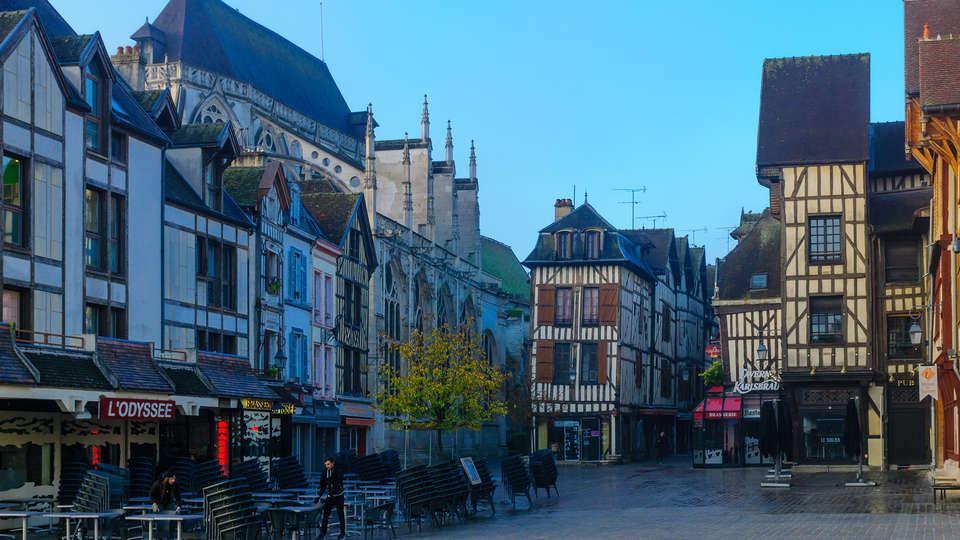Logis des Sources - Edit_Troyes2.jpg