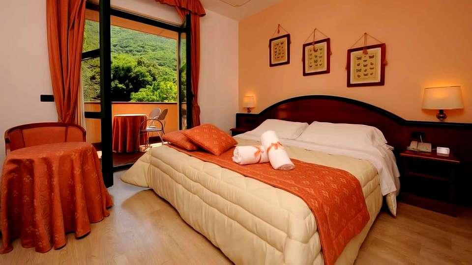 Guesia Village Hotel & Spa - Edit_Room4.jpg