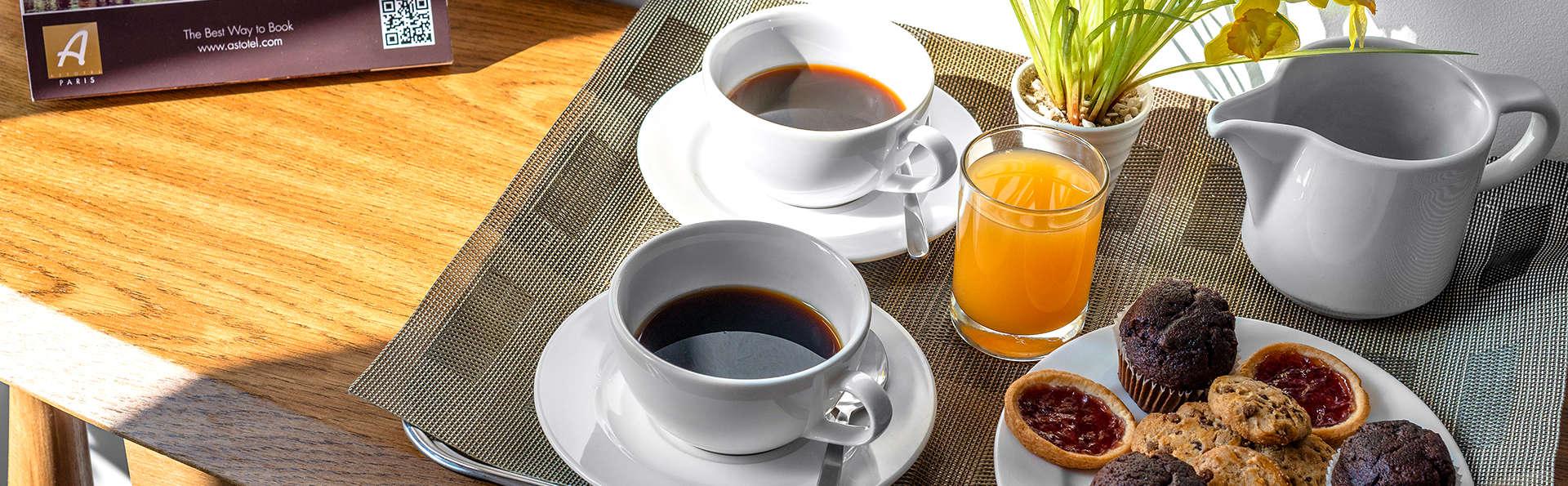 Hotel George - Astotel - Edit_Breakfast.jpg
