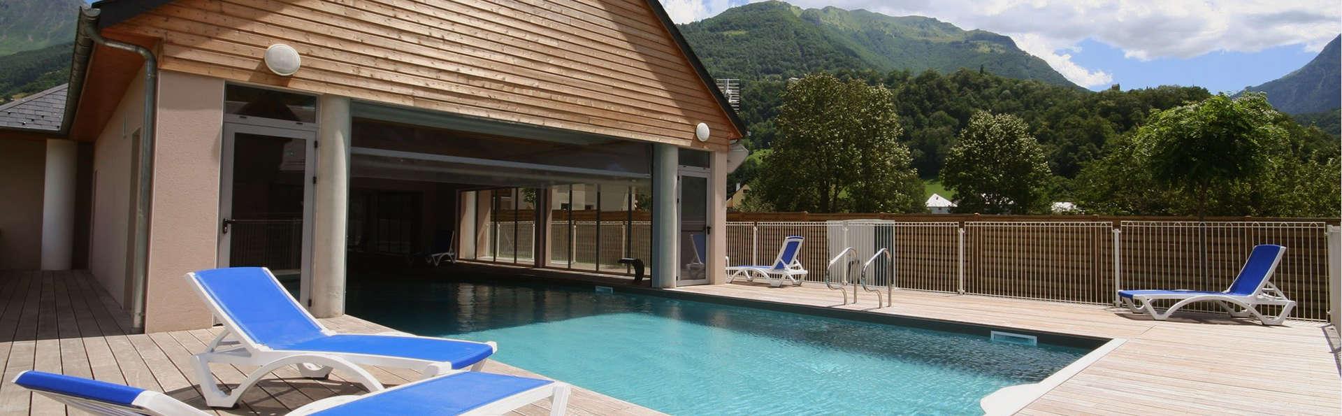 Domaine du Val de Roland - EDIT_Pools_1.jpg