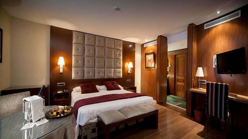 Mirador de Gredos - EDIT_NEW_room.jpg