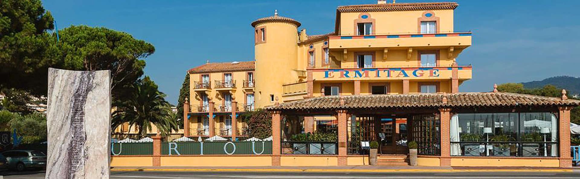 Ermitage de l'Oasis - Cannes Mandelieu - EDIT_Fachada_1.jpg