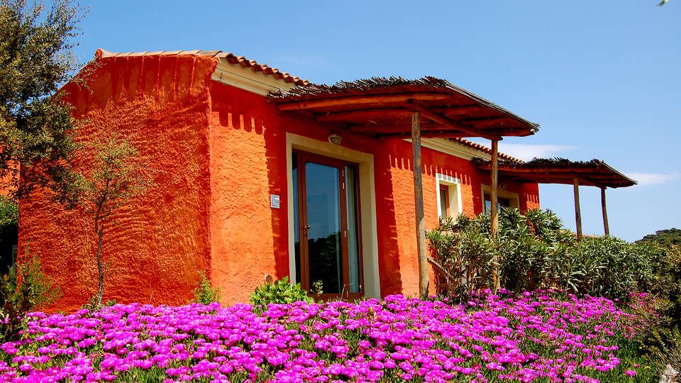 Hôtel Aldiola Country Resort, The Originals Relais (Relais du Silence) - Edit_Front3.jpg