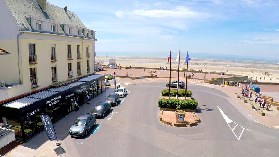 Hotel La Terrasse - Edit_View.jpg