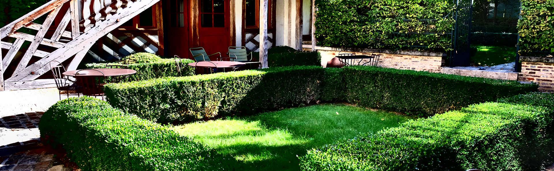 Hôtel La Maison de Rhodes & Spa - Edit_Terrace2.jpg
