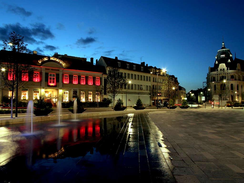 Séjour Eure-et-Loir - Découvrez le coeur de Chartres, capitale de la lumière et du parfum  - 4*