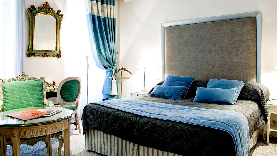 Grand Hôtel des Terreaux - Edit_Room8.jpg