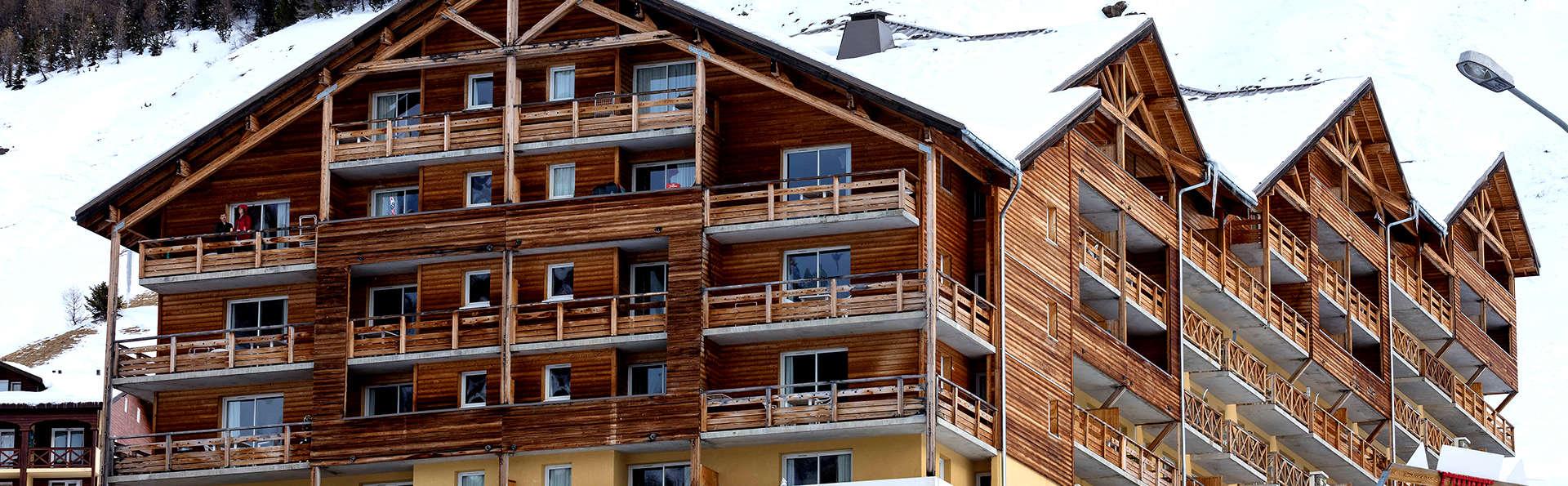 Résidence Les Cimes du Val D'Allos - Edit_Front2.jpg