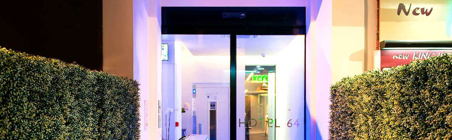 Hôtel 64 Nice - Edit_entrance.jpg