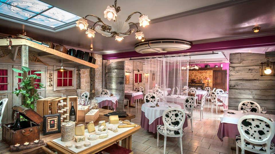 Hôtel - Restaurant Le Rocher Blanc - EDIT_restaurant1.jpg